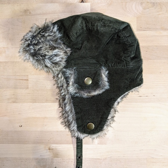 Ivory Faux Fur Trapper Hat Toddler Boys Size 18-24 Months NWT Gray GAP Baby
